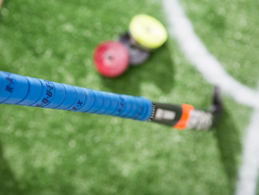 hockey grip with cushion in blue